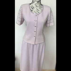 St. John skirt suit size 4 top size 8 skirt